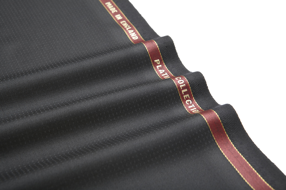 1003 Black Micro Weave