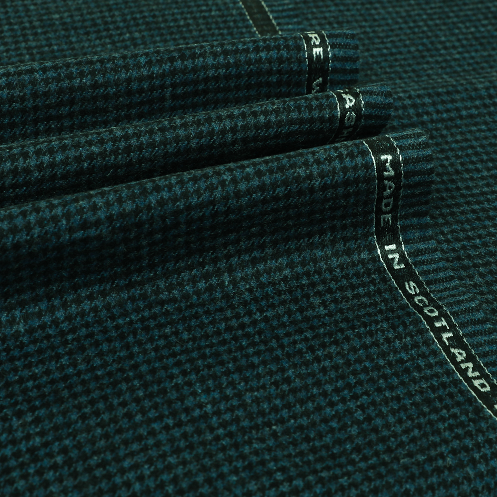 19040 Blue and Black Houndstooth