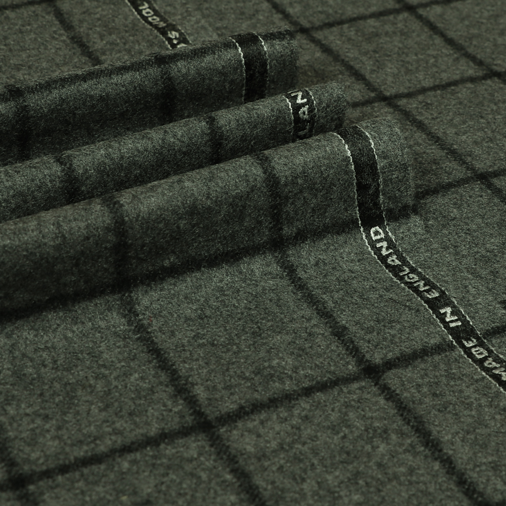 22024 Medium Grey Bold Windowpane Check Flannel