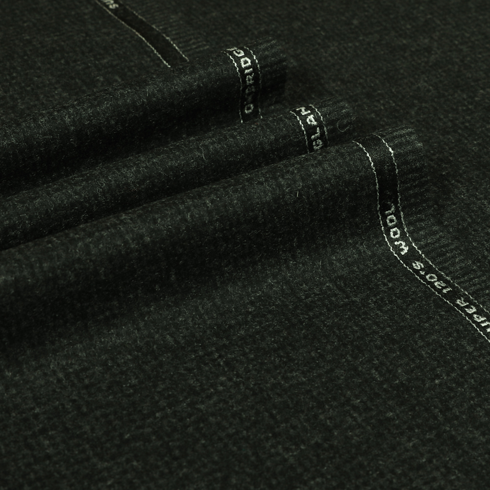 22032 Charcoal Grey Houndstooth Flannel