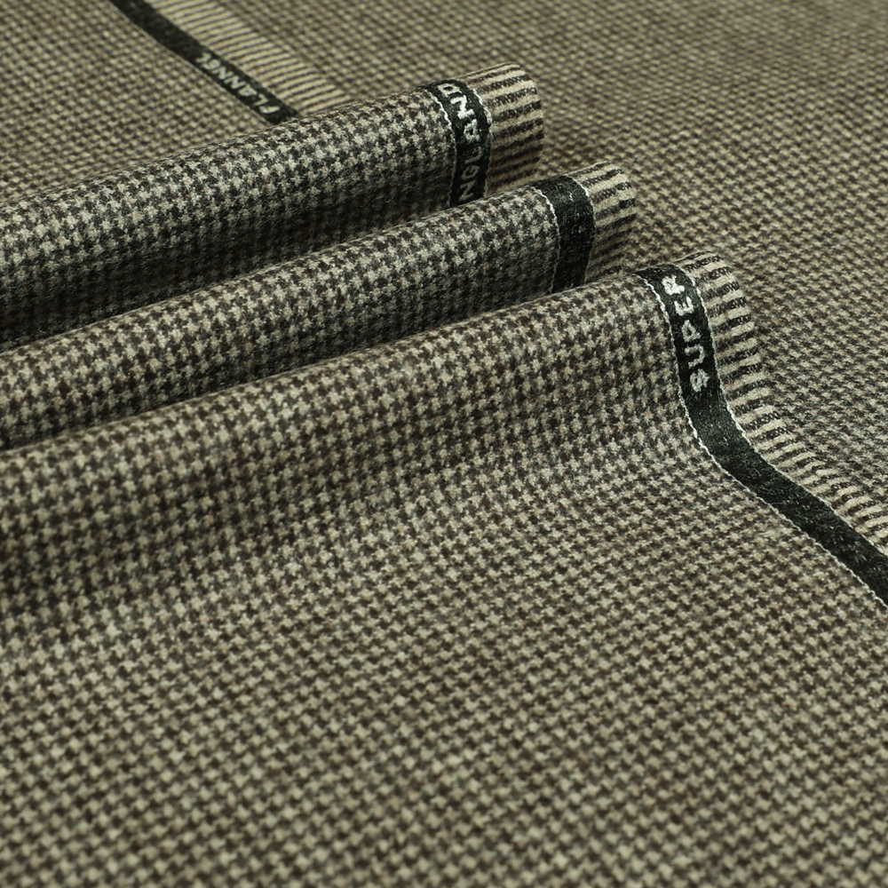 22035 Beige Brown Houndstooth Flannel