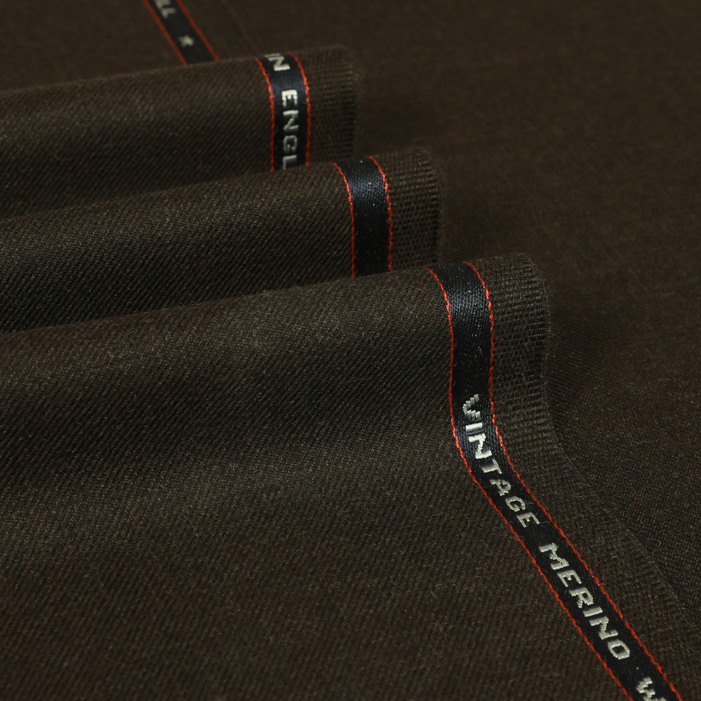 25030 Russet Brown Plain 2/2 Twill