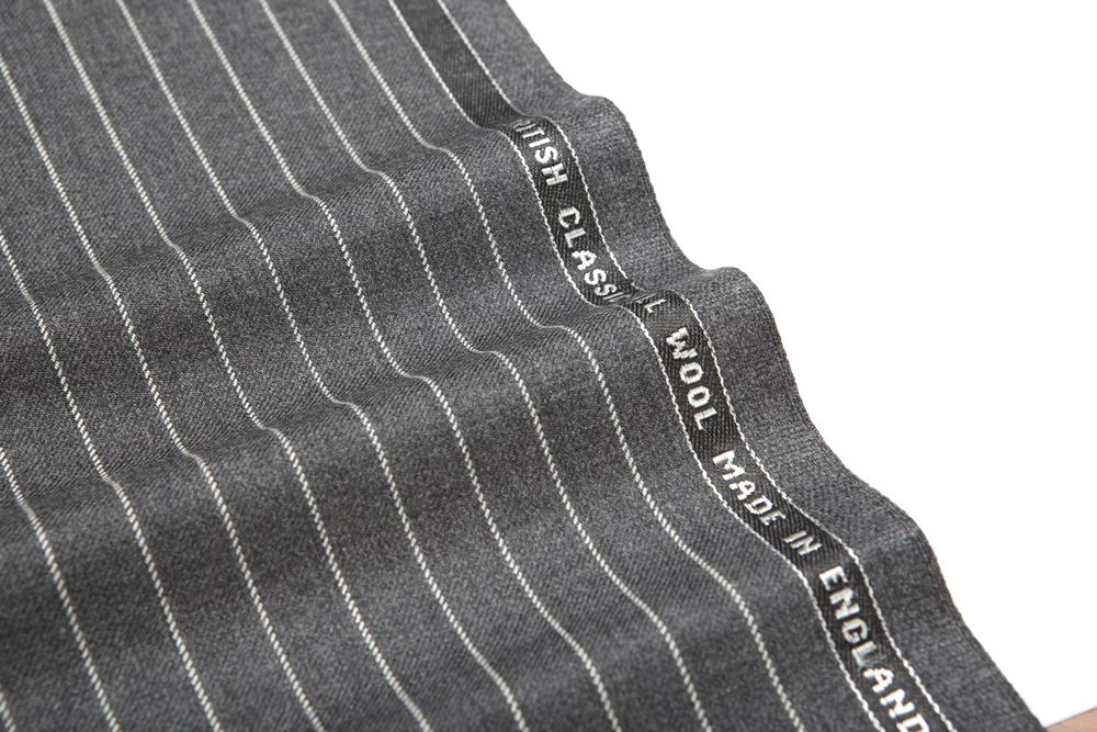 4016 Medium Grey Chalk Stripe