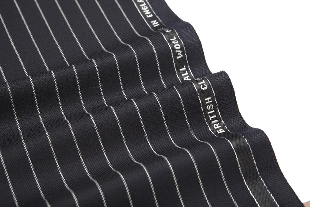 4018 Navy Blue Chalk Stripe